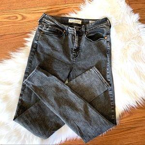 Bullhead Denim Co Black high rise skinniest Jeans